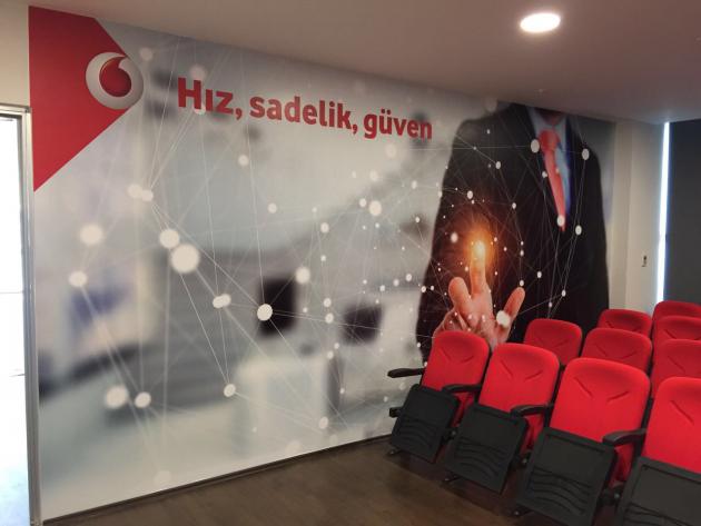 Vodafone Kurumsal Satış bayisini tabela ve iç mekan uygulamları yapıldı. - (14/03/2014)